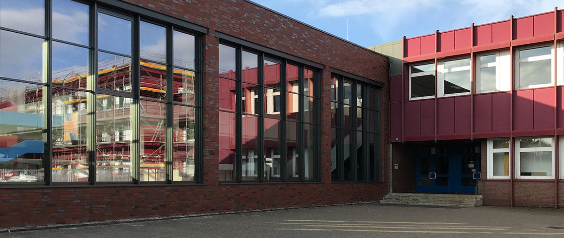 https://fv-friedensschule.de/wp-content/uploads/2018/09/friedensschule-aussenansicht-muenster-1135x480.jpg